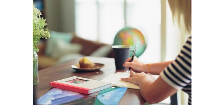 save money while studying in USA